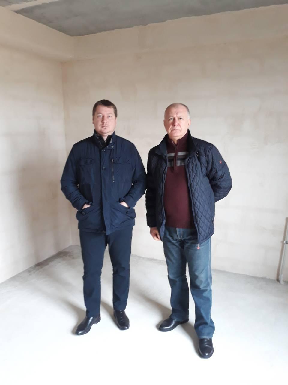 Відбувся візит голови Херсонської ОДА Гордєєва Андрія на будівельний майданчик Молодіжно-житлового комплексу